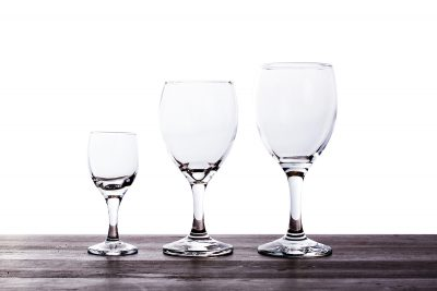 003 GLASSES - VARIOUS